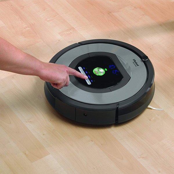 iRobot-Roomba-772e-accensione