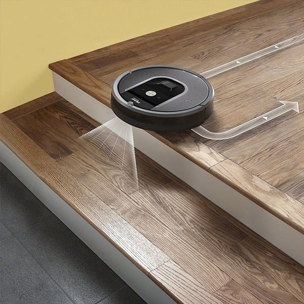 iRobot-Roomba-960-scale